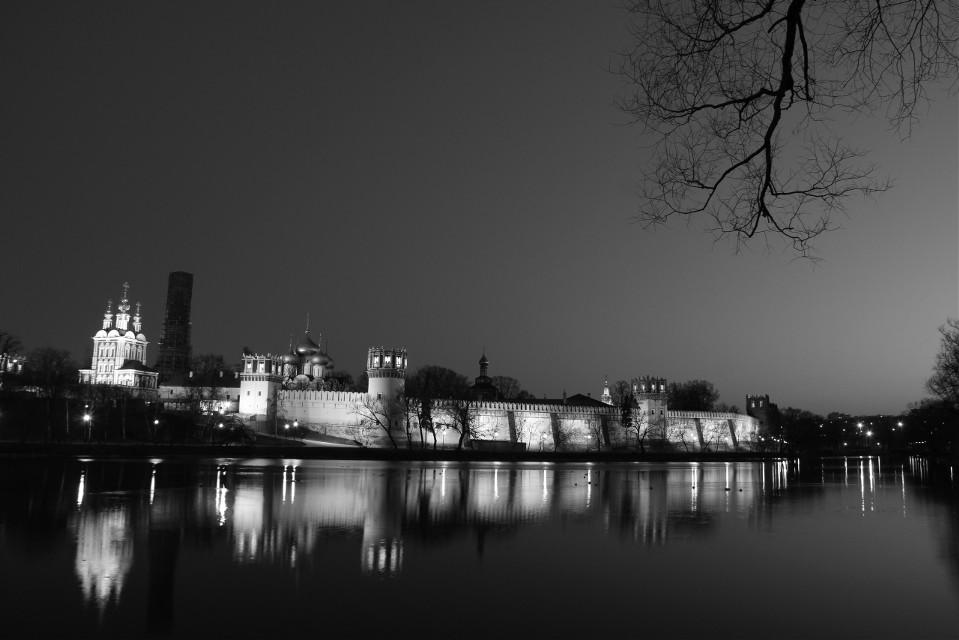 #blackandwhite #Russia #NovodevichyMonastery #lake #night  #Moscow