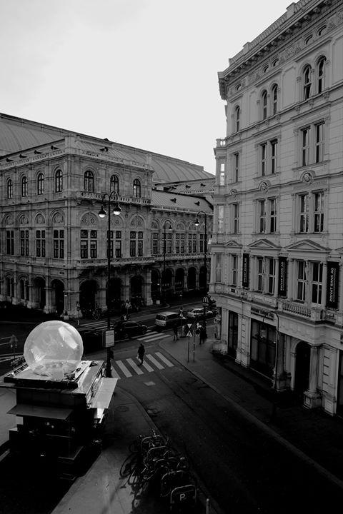 #Wien #Austria #StreetPhotography #blackandwhite