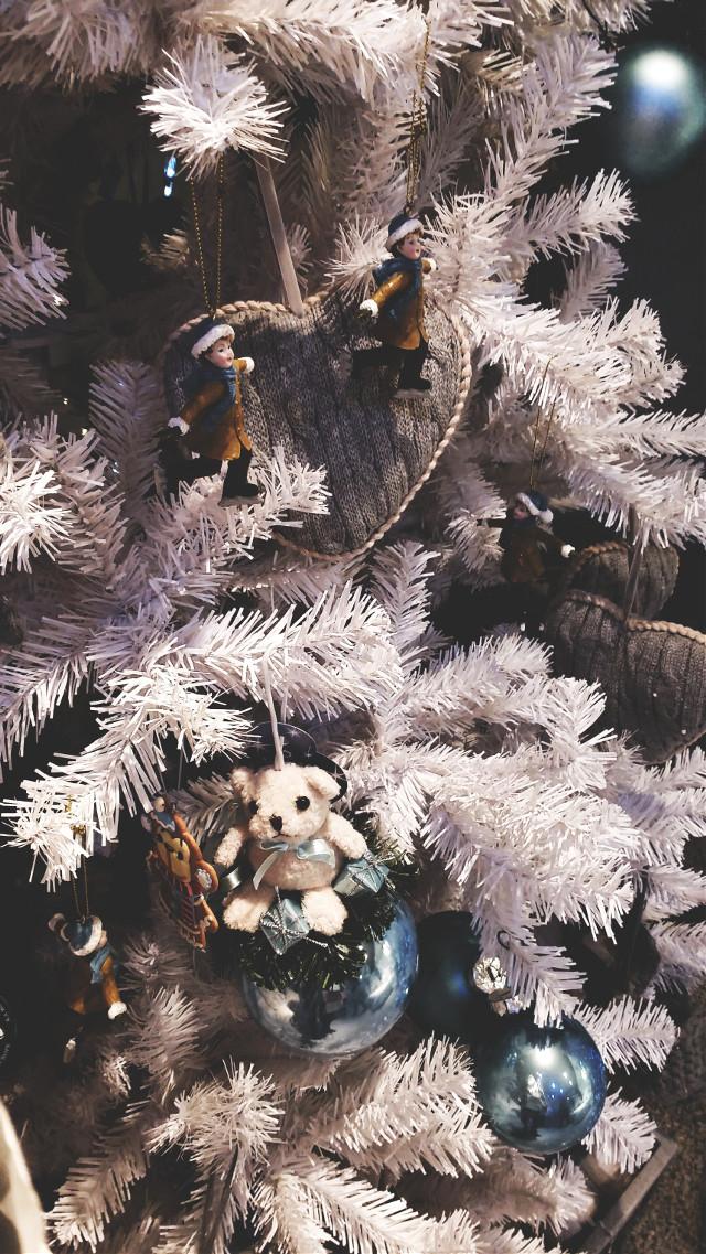 #christmasmood #christmasdecorations #funny #ilikeit #waiting #좋아 #행복 #사진 #크리스마스 #예레반 😄 😄 🎄 🎄 💕
