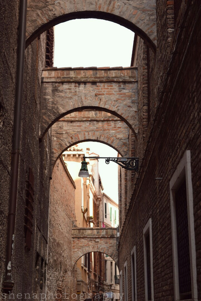 """""""We do not remember days, we remember moments."""" -Cesare Pavese  #venice #italy #alley #light #shape #lines #quotesandsayings"""