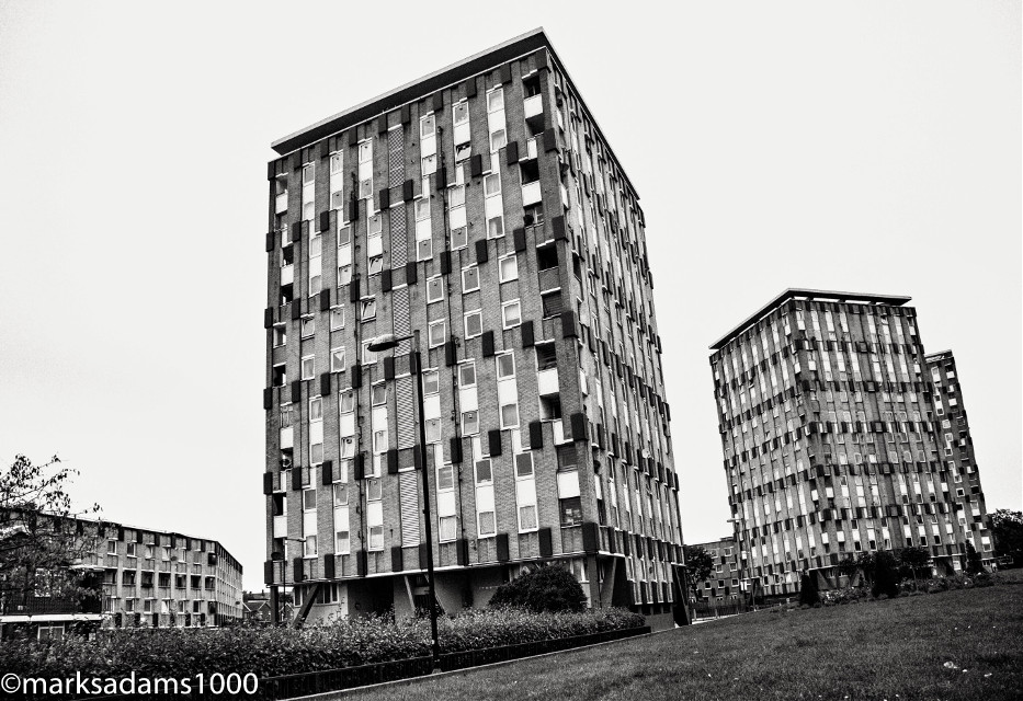 Cranbrook Estates - Bethnal Green   #street #streetphotography #housing housingdevelopment #housingestate #bethnalgreen #eastlondon #urban #urbanexploration #overcrowding  #shoreditch #architecture #building #london