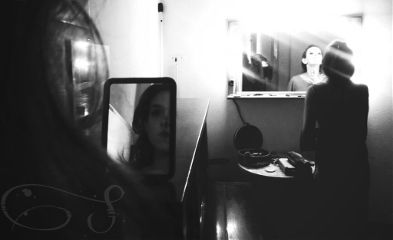 rays two mirrors blackandwhite people