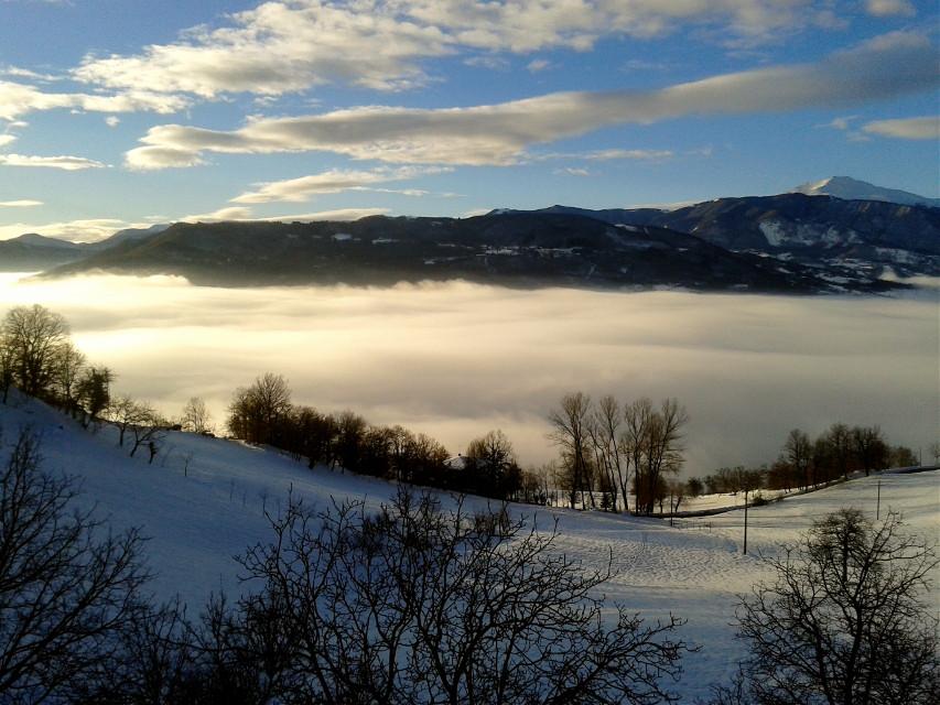 #wppfog #mountain #winter #snow #fog #sunlight #clouds #sky #nature  #wpphike