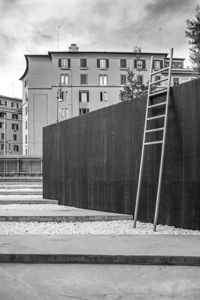 Rome. Black&white.  #blackandwhite #rome #roma #city #streetphotography #streetart #street #cityscape #photography