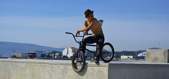 #people #photography #summer #travel #niceday #friends  #bmx