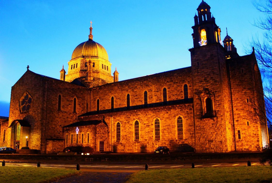 Galway cathedral at dusk, Galway, Ireland  #church #ireland #colorful #night #light  #travel   #evening  #sunset @pa