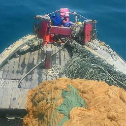 sea fisherman emotions travel hotday