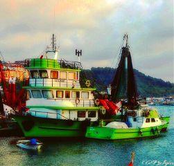 fishingboat colorful color naturephotography naturelovers